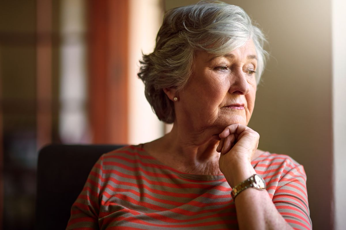 Elder abuse - Concentrating Female